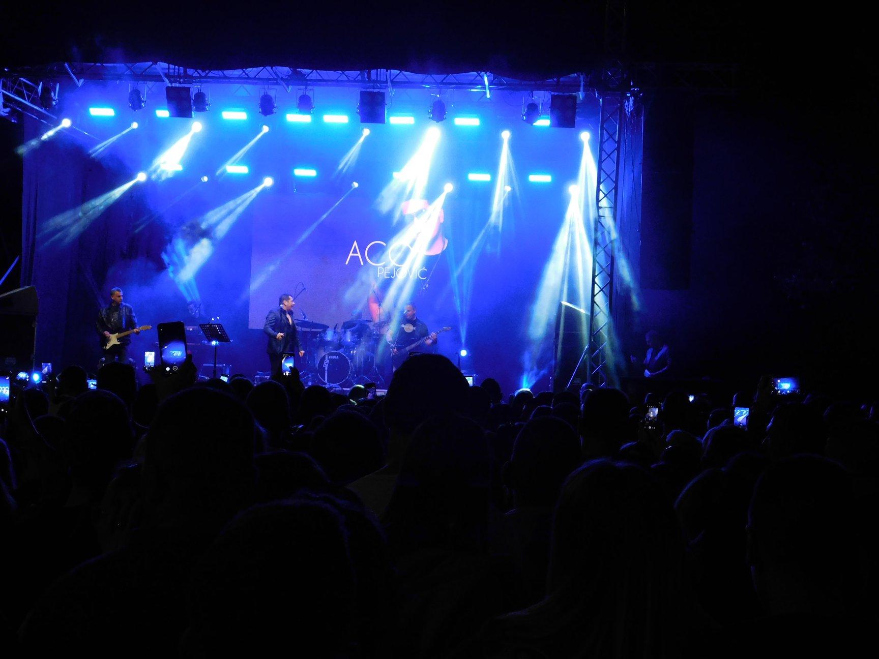 Концерт Аце Пејовића  –  плато  Хотела Опленац
